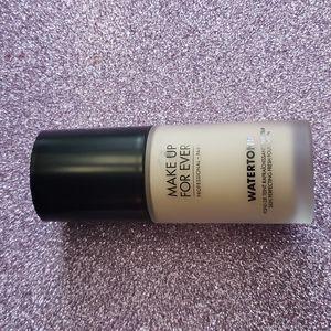 Brand New MUFE Watertone skin perfecting fresh foundation in y245